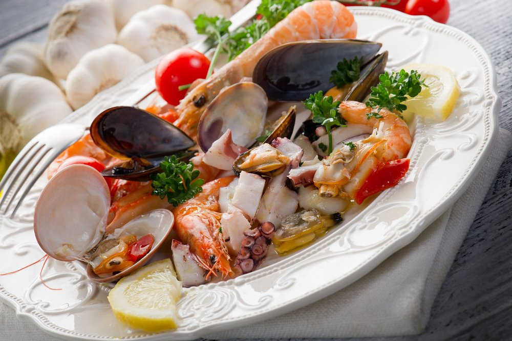 7 reasons to eat more seafood the healthy fish for What is the healthiest fish to eat