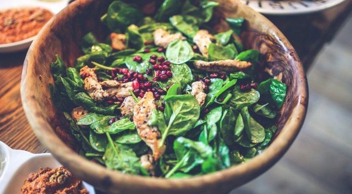 salad healthy restaurant
