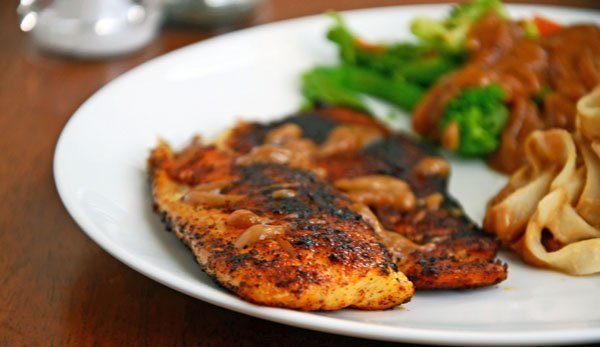 7 protein packed meals you can prep in under 30 mins the for Healthiest fish to eat 2017